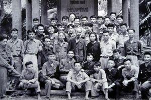 Vận dụng Tư tưởng Hồ Chí Minh về phong trào thi đua trong giai đoạn cách mạng hiện nay