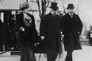 Sách về gia tộc tài chính hùng mạnh của Mỹ