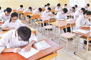 Duy trì việc tổ chức bốn môn thi vào lớp 10