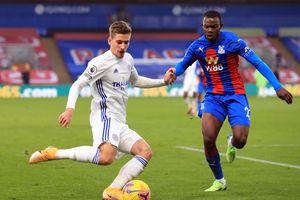 Leicester trao cơ hội lên nhì bảng cho Man Utd