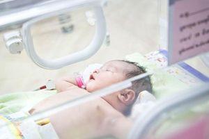 Hàn Quốc đau đầu vì giới trẻ ngại đẻ con