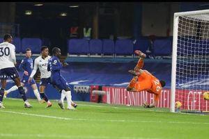 Vòng 16 Ngoại hạng Anh: Chelsea và Leicester tiếp tục gây thất vọng