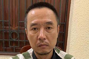 Nhân viên bảo vệ bắt đối tượng trộm cắp tại bệnh viện Bạch Mai