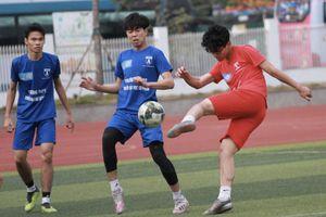 Bốn đội thua trắng loạt trận 15h30 ngày 30-12