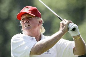 Ông Trump nổi giận khi đến khu nghỉ dưỡng Mar-a-Lago