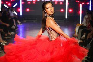 Lễ hội Thời trang Quốc tế Việt Nam có bị mất đi bản chất?