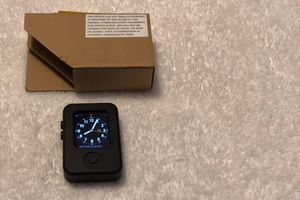 Tin tức công nghệ mới nhất ngày 30/12: Xuất hiện hình ảnh nguyên mẫu Apple Watch với bản dựng pre-watchOS 1.0