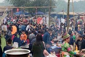 Tái hiện chợ phiên vùng cao đầu năm mới tại Hà Nội