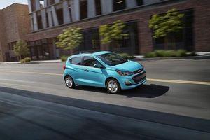 Chevrolet Spark 2021 ra mắt giá chỉ hơn 300 triệu đồng, đối thủ 'nặng ký' của Hyundai Grand i10