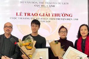 Đạo diễn 'làm phim nào cũng có giải thưởng' giành giải nhì cuộc thi kịch bản
