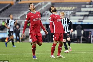 Liverpool 'bất lực' trước Newcastle trong ngày chia tay năm 2020