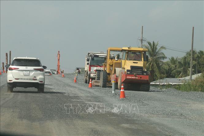 Kiến nghị Thủ tướng cho thông tuyến tạm thời cao tốc Trung Lương - Mỹ Thuận