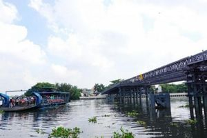Dân Sài Gòn 'trẩy hội' qua cầu An Phú Đông, hết cảnh 'lụy phà'
