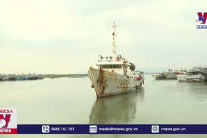 Cứu nạn thành công 14 ngư dân gặp nạn trên biển