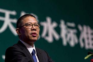 Chủ hãng nước đóng chai Trung Quốc thành người giàu nhất châu Á