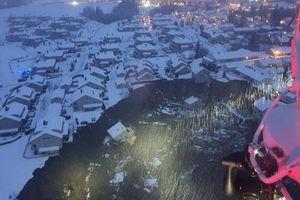 Nhiều ngôi nhà bị chôn vùi sau vụ sạt lở khủng khiếp ở Na Uy