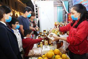 Hà Nội: Tăng cường bảo đảm an toàn thực phẩm trong năm 2021