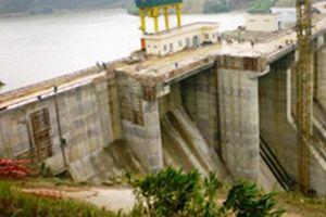 Tạm dừng phát điện tại thủy điện A Lưới do sự cố đường ống dẫn nước