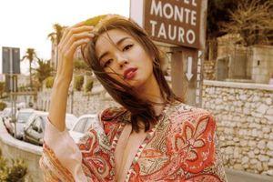 Hoa hậu Thế giới Trương Tử Lâm thông báo tin vui mang bầu vào ngày đầu năm