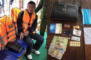 Bị khởi tố vì 'cầm hộ' tài sản của khách nước ngoài