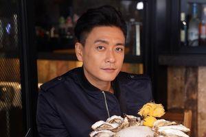 Cuộc sống của Huỳnh Tông Trạch ở tuổi 40