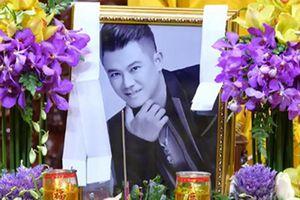 Bức xúc trò mạo danh lừa tiền trong đám tang Vân Quang Long