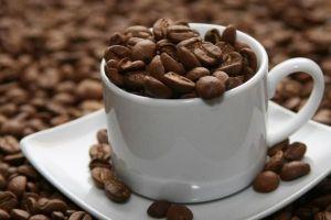 Giá cà phê và đường đồng loạt tăng mạnh do những lo ngại về sản lượng