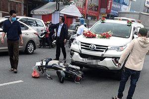 Va chạm với ô tô đi rước dâu, người phụ nữ tử vong