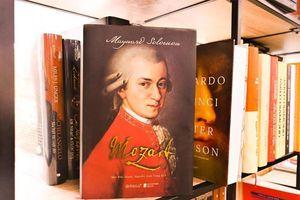 Cuộc đời thăng trầm của nhà soạn nhạc thiên tài Mozart