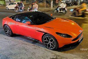 Diện kiến Aston Martin DB11 chính hãng gần 16 tỷ tại Việt Nam