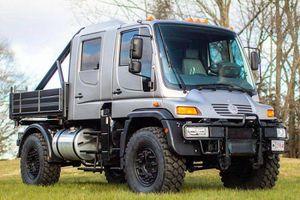 Bán tải Mercedes-Benz Unimog U500 cực hiếm, hơn 2,5 tỷ đồng