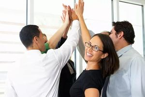 Muốn đạt được thành công, trước hết hãy biết ghi nhận và chúc mừng thành tựu của người khác