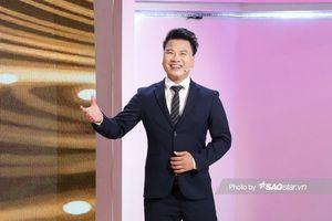 'Chân ái' nào dành cho thầy giáo dạy thanh nhạc có 'gu châu Á'