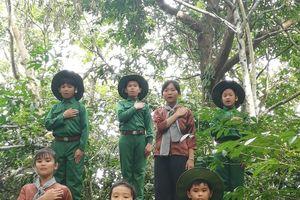 Em yêu Tổ quốc Việt Nam