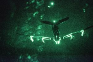 Flightradar 24: Máy bay quân sự Mỹ xâm phạm không phận Iran