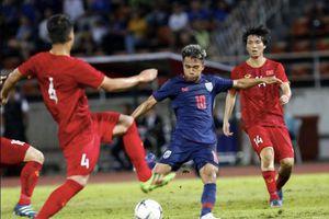 Bóng đá Thái Lan 'phớt lờ' SEA Games và AFF Cup?!