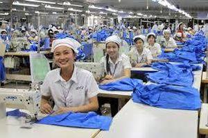 Từng bước cải thiện, nâng cao đời sống người lao động