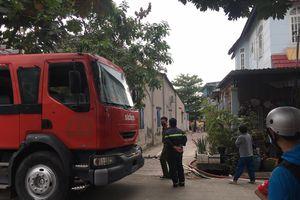 Cháy nhà trong hẻm ở quận 9, nhiều người hoảng sợ