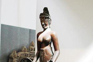 Bài 1: Bảo vật quốc gia Tượng Bồ tát Tara đang bị thiếu hai pháp khí quan trọng
