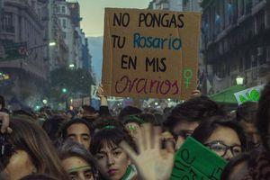 Argentina: Luật phá thai mới 'mang tính đột phá' rất quan trọng để chấm dứt phân biệt giới tính
