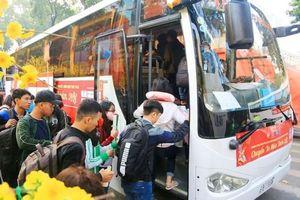 Tặng 3.000 vé xe cho cho sinh viên về quê đón Tết