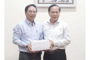 Hội Nhà báo Tây Ninh giao lưu với Hội Nhà báo An Giang và Đồng Tháp