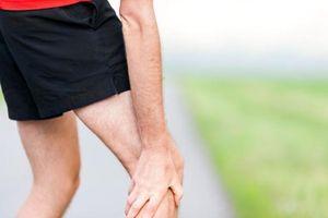 Tại sao bạn thường cảm thấy đau chân vào mùa đông?