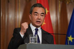 Thúc đẩy ngoại giao vaccine, Ngoại trưởng Trung Quốc tức tốc tới châu Phi