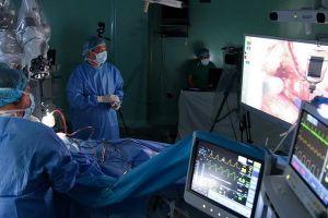 Phẫu thuật bằng robot: Thêm cơ hội cho người bệnh