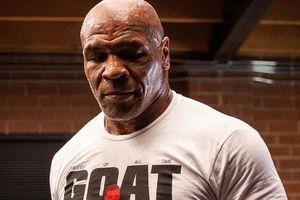 'Tay đấm thép' Mike Tyson bất ngờ xuất hiện trong lồng bát giác, dấy lên tin đồn chuẩn bị chuyển sang MMA