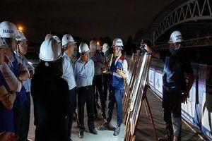 Bộ Kế hoạch và Đầu tư kiểm tra tiến độ tuyến metro số 1