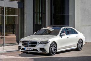 Mercedes-Benz S-Class thay đổi thế nào sau 70 năm