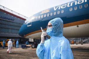 Chính phủ xem xét việc dừng chuyến bay từ các vùng có biến thể nCoV