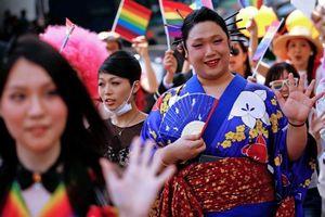 Số người đăng ký thay đổi giới tính tăng kỷ lục tại Nhật Bản